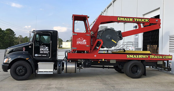 Smash My Trash is Growing in DFW Again with the Help of An IFPG Consultant!