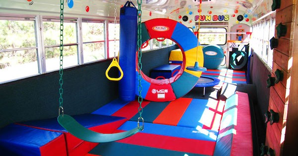 FUN BUS Welcomes Its Newest Franchisee to Texas!