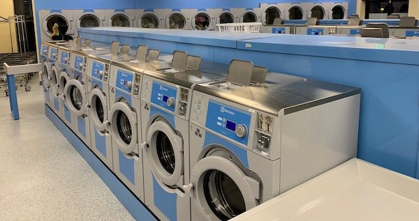 WaveMAX Laundry Closes a Deal, Thanks to the Persistence an IFPG Consultant!